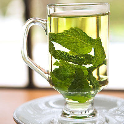 What are the benefits of drinking mint tea?