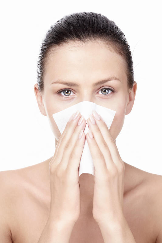 If sinusitis is in the early stages, is it possible that it can cause nausea?