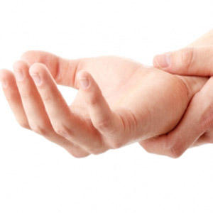What can cause numbness in hands and fingers?