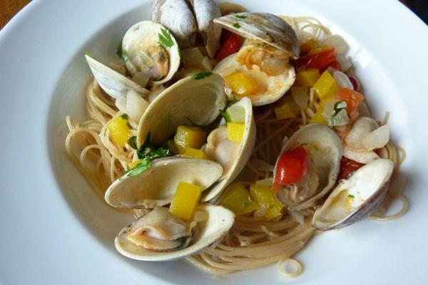 Is clams is good food?