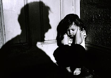 How child abuse and neglect effects adults behavior?