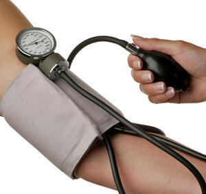 What's risk of high blood pressure with low pulse?