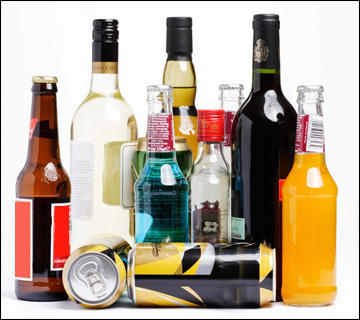 What kinds of alcohol should galactosemic people not drink?