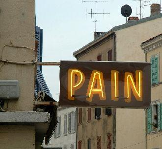 Pain comes and goes feels like under arm pit under rib cage?