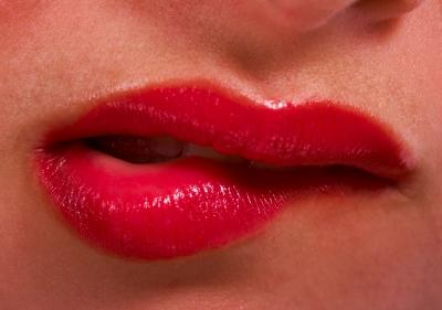 What helps lip biting when nervous?