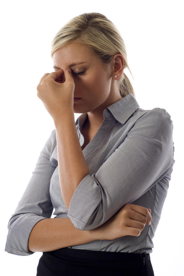 How can I make my eye pain go away in migraine?