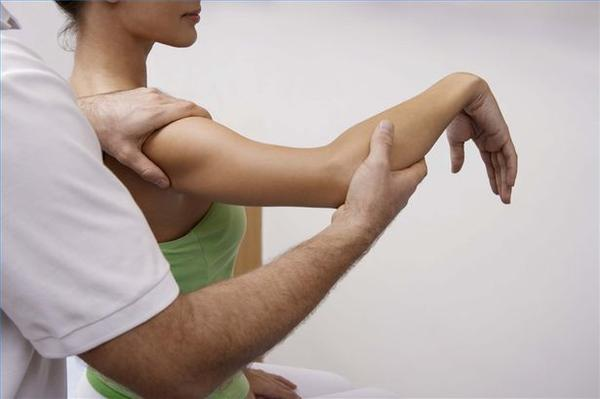 What are some tips for recovering from arthroscopic shoulder surgery done to correct dislocated shoulder?