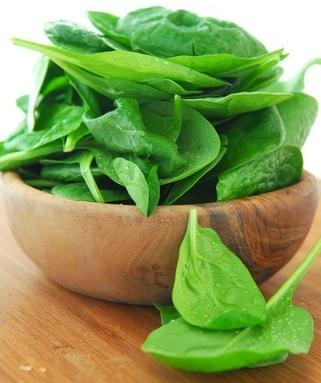 What are the health benefits to eating spinach?