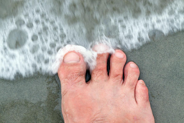 How long does it take for broken big toe to heal?