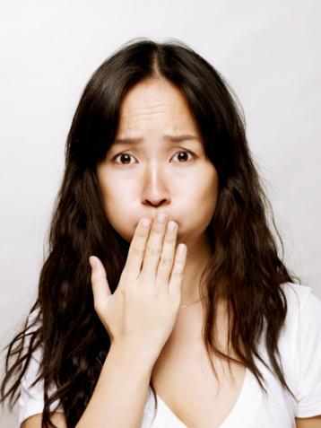 Is nasuea a symptom of fatal familia insomnia or sporadic fatal insomnia?
