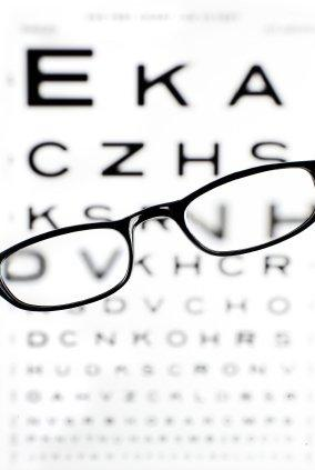 Is one of the symptoms of insomnia vision loss?