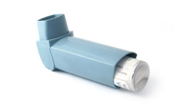When i play football i get breathless I use my asthma inhaler but doesn't have affect?
