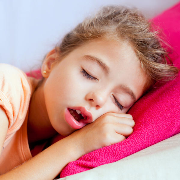 Could you tell me what household medication leads to deep sleep that is safe for children?