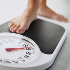 How long does it take most women to lose weight after pregnancy?