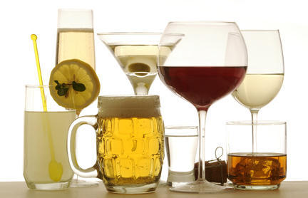 Is alcohol adviced while taking cholesterol drugs?