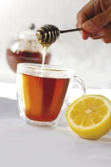 Is it safe to drink hot lemon tea( water, peppermint, honey, lemon, & sugar)for a cold while 7 1/2 months pregnant?