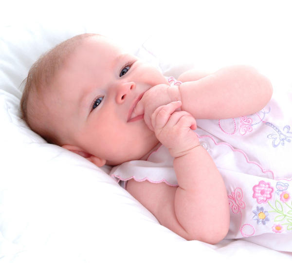 Does teething cause fever? Will teething cause a fever?