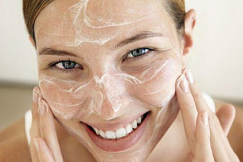 How to unclog your pores fast?