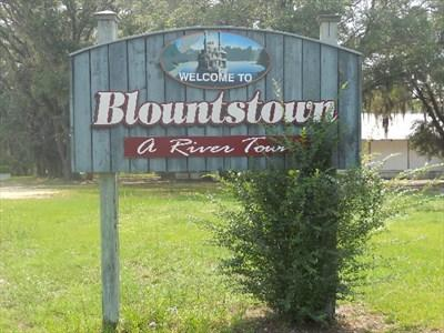 I live in blountstown, fl and I'm trying to find a clinic that prescribes adipex and does lipo-b injections.
