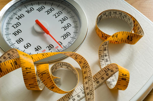 What is the difference betweem bulimia and anorexia?