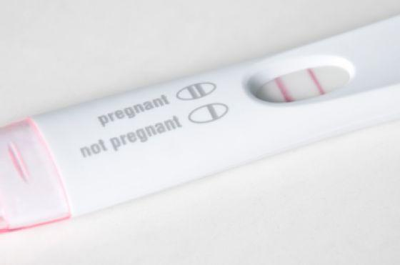 Is it true that if a man tests positive on a pregnancy test he has testicular cancer?