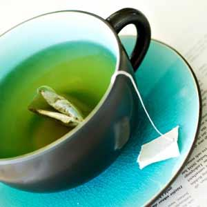 Is it okay for me to drink green tea rather than water?