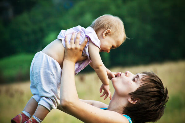I believe my daughter has a UTI infection, what's the best natural course of action.