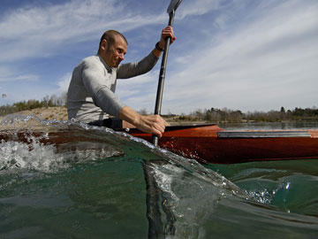 What muscles are used the most when going kayaking?