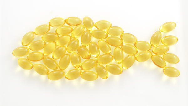 Hello. Can I have omega 3 and multi vitamins together in the same time without any side effects (i have glovit multi vitamins 32 with amino acid)?