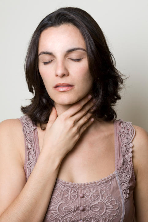 What can I do to get rid of an itchy throat?