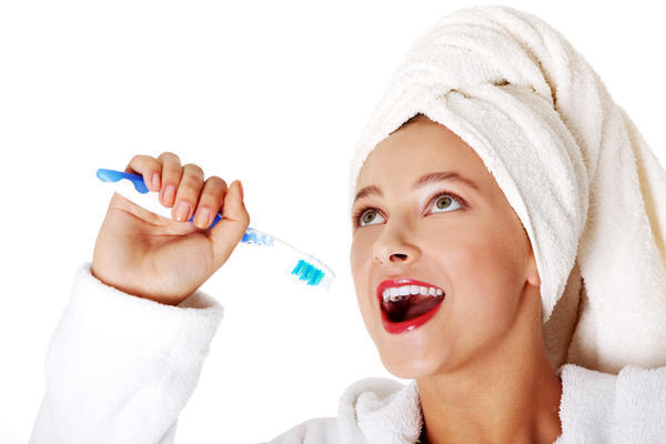 What's the most effective tooth paste and mouth wash to whiten teeth for surface stains?