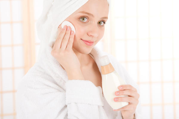Which one is the best to remove acne . Salsylic acid . Peroxide or azelaic acid ?!