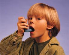 What kind of medicine works best for children's asthma?