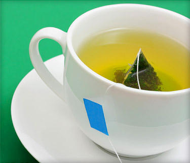 How effecttive is daily consumption of green tea in losing fats n get a symmetrical abdomen n flanks?