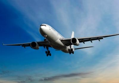 Is it safe to fly (4 hours flight) when 6 weeks pregnant?