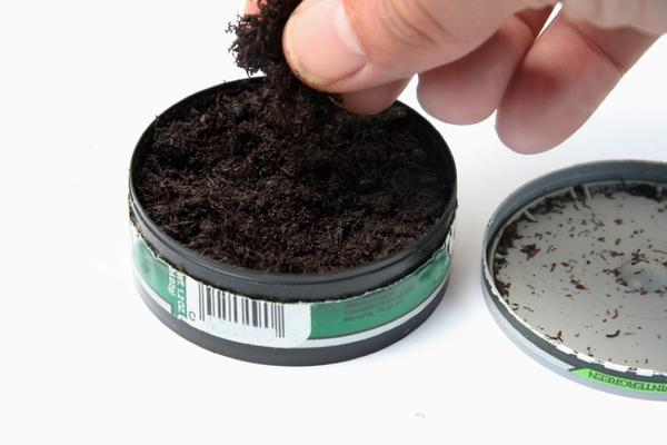 Can chewing tobacco cause chronic cough?