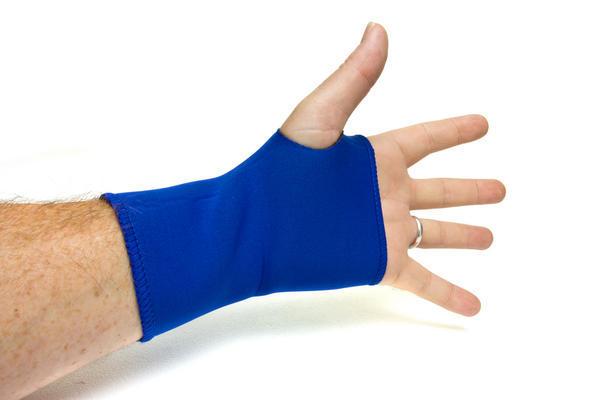 Middle Ring Finger Numbness