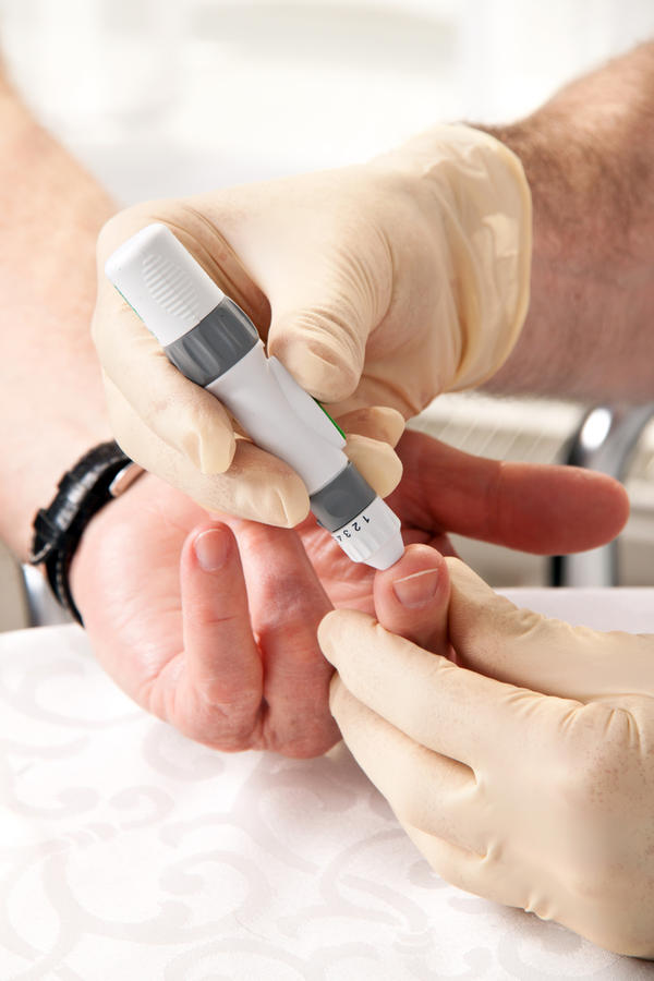 How is type 2 diabetes diagnosed?