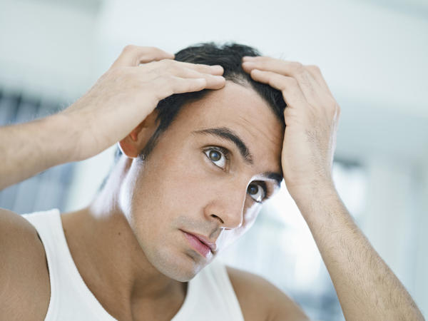 Running the fingers between the hair frquently causes hair fall?