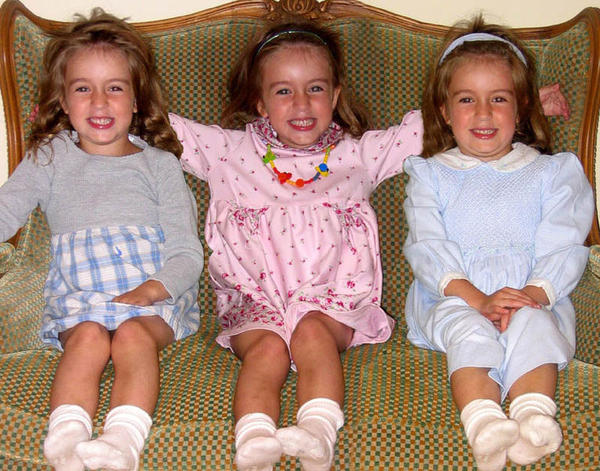 Should twins and triplets be dressed alike?