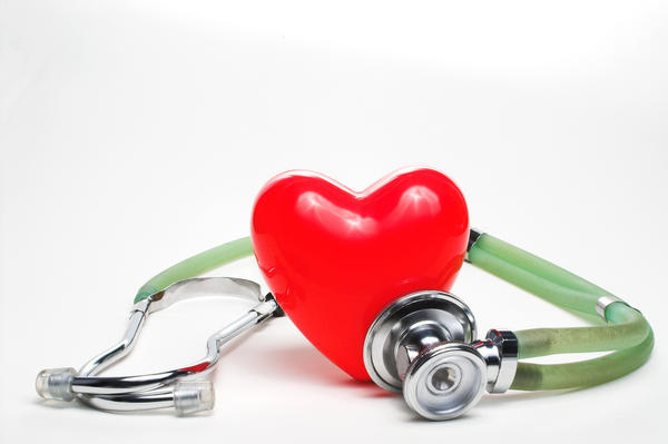What are common side effects of a heart test?