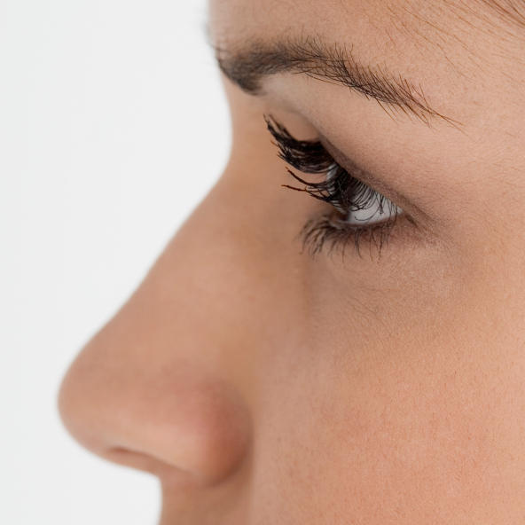 Can the surgical removal of adenoids change the shape of your nose (make it appear broken)?