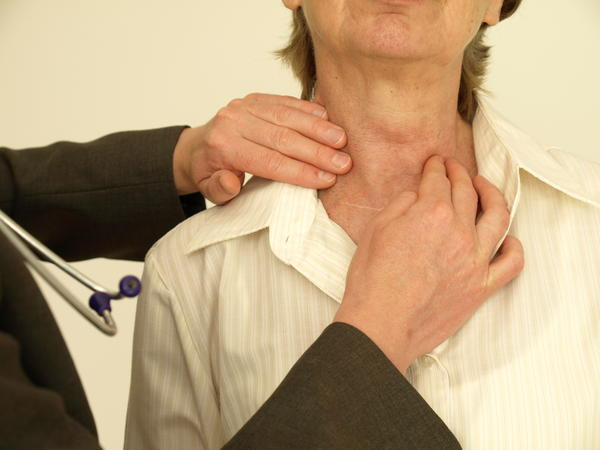 What is the definition or description of: thyroid gland removal?
