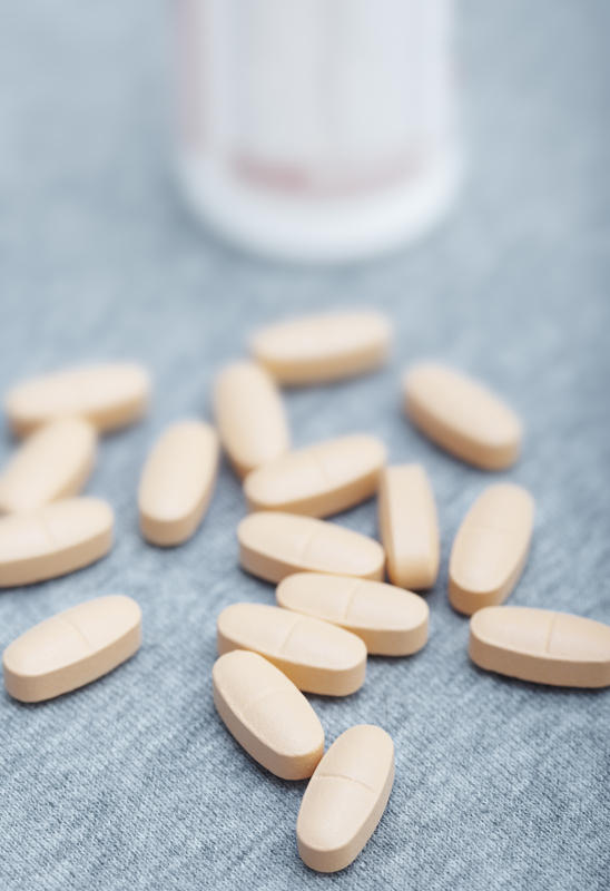 What is best drug for cystitis if mild renal damage?