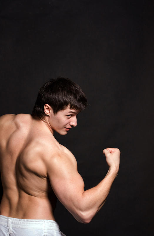 How quick do you notice a muscle gain while using steroids?