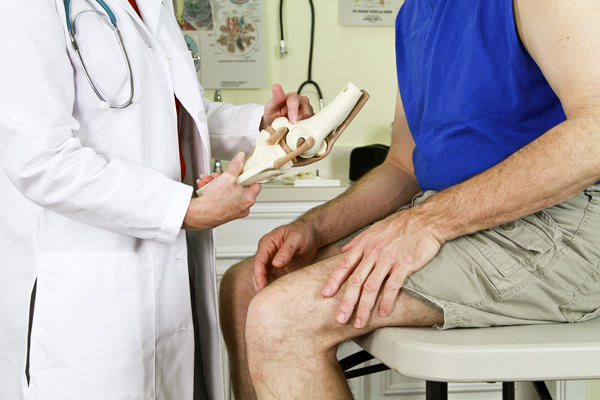 What is the treatment for chondromalacia patellae?