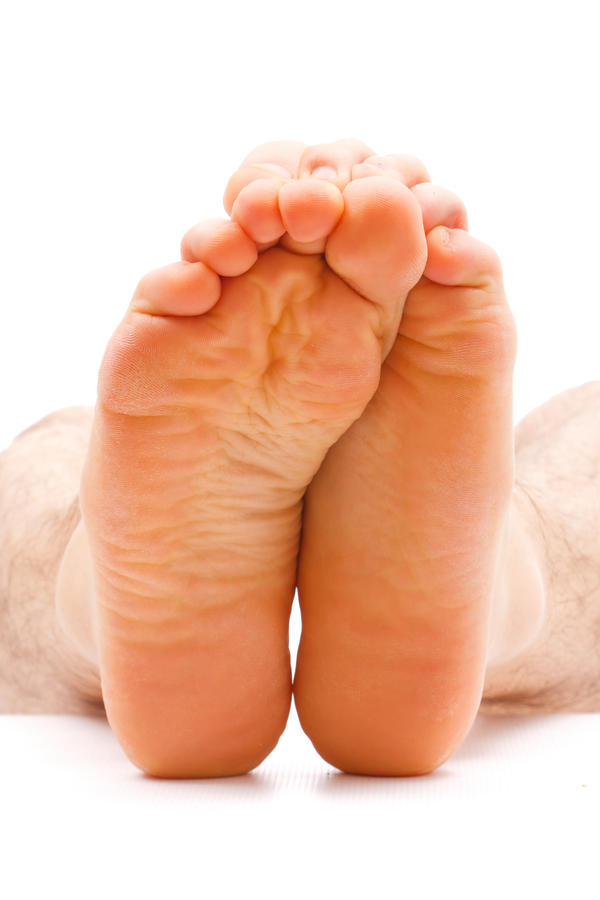 Can constipation cause edema in feet and lower legs?