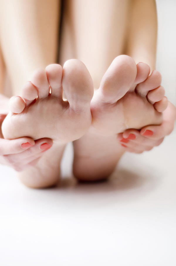 Does anxiety and depression cause foot pain?