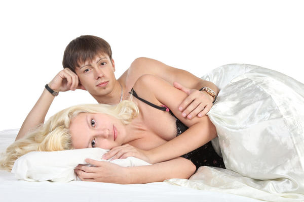 Are there physical signs of sexual intercourse a week afterward?
