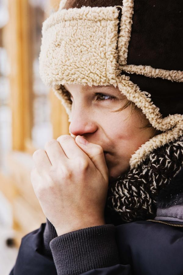 Help please! is cold sensitivity a major symptom of hypothyroidism?